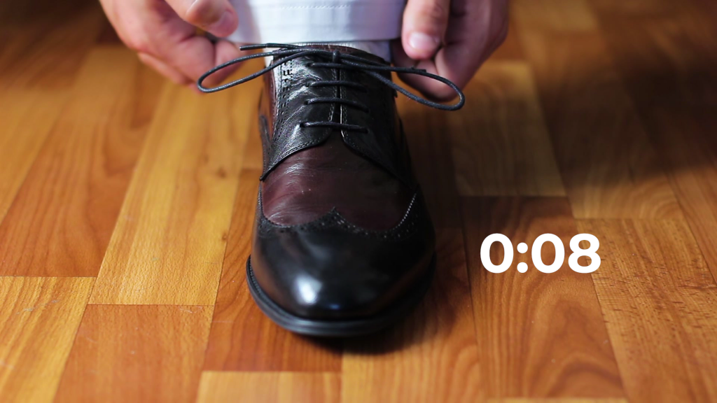 Shoe tie image