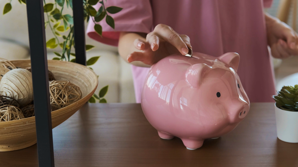 Picture of pink piggy bank